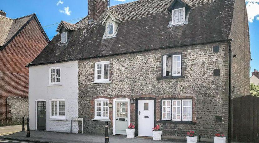 Challenge Cottage 1