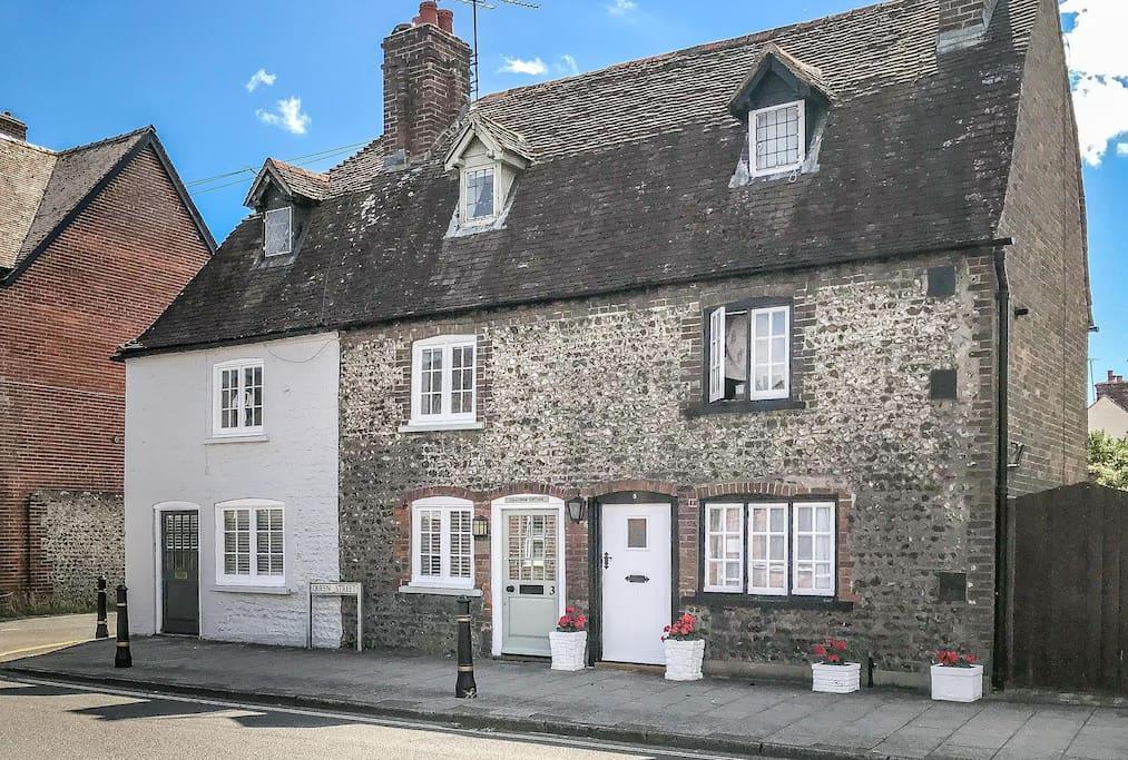 Challenge Cottage, Arundel